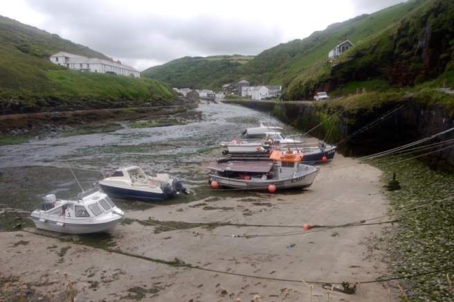 cornwall_boscastle_boats