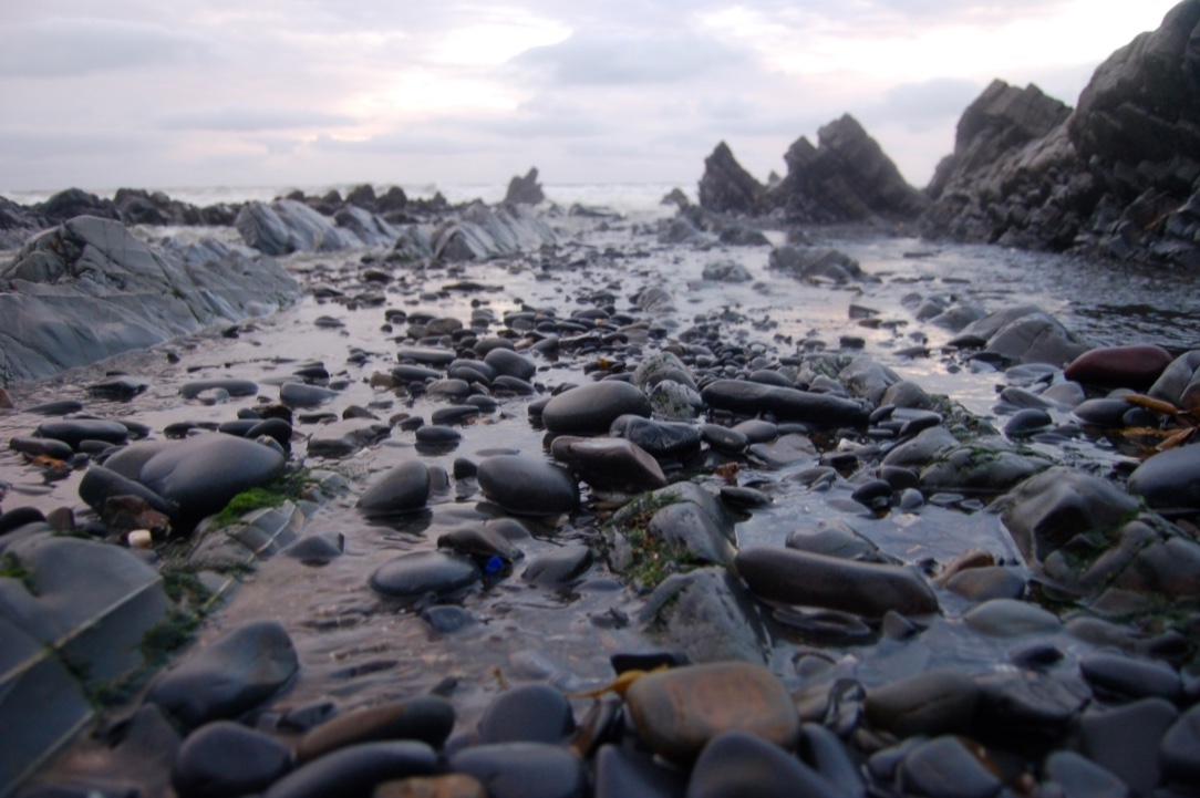 north_devon_welcombe_mouth_pebbles
