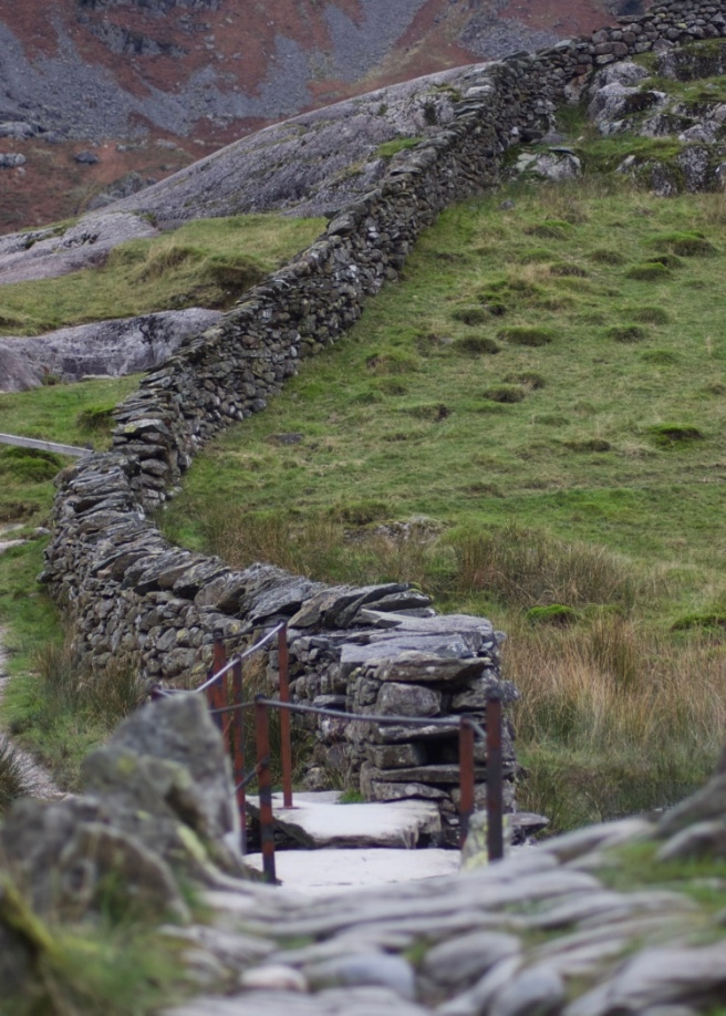 langdale_lake_district_wall