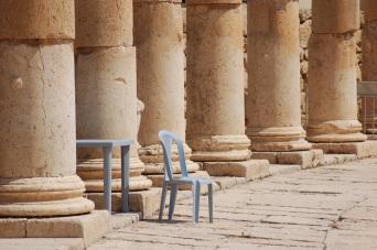 jerash_jordan_roman_pillars